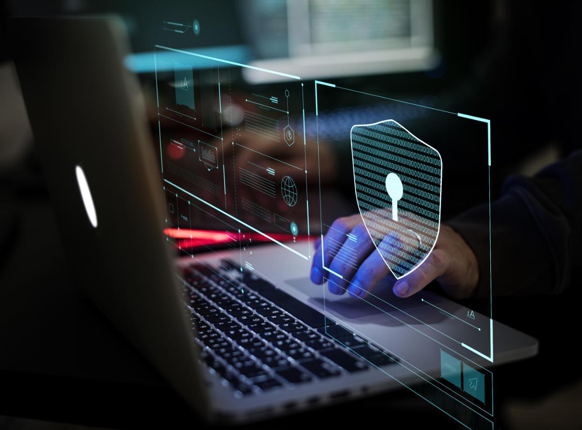 Advanced Persistent Threat hacker