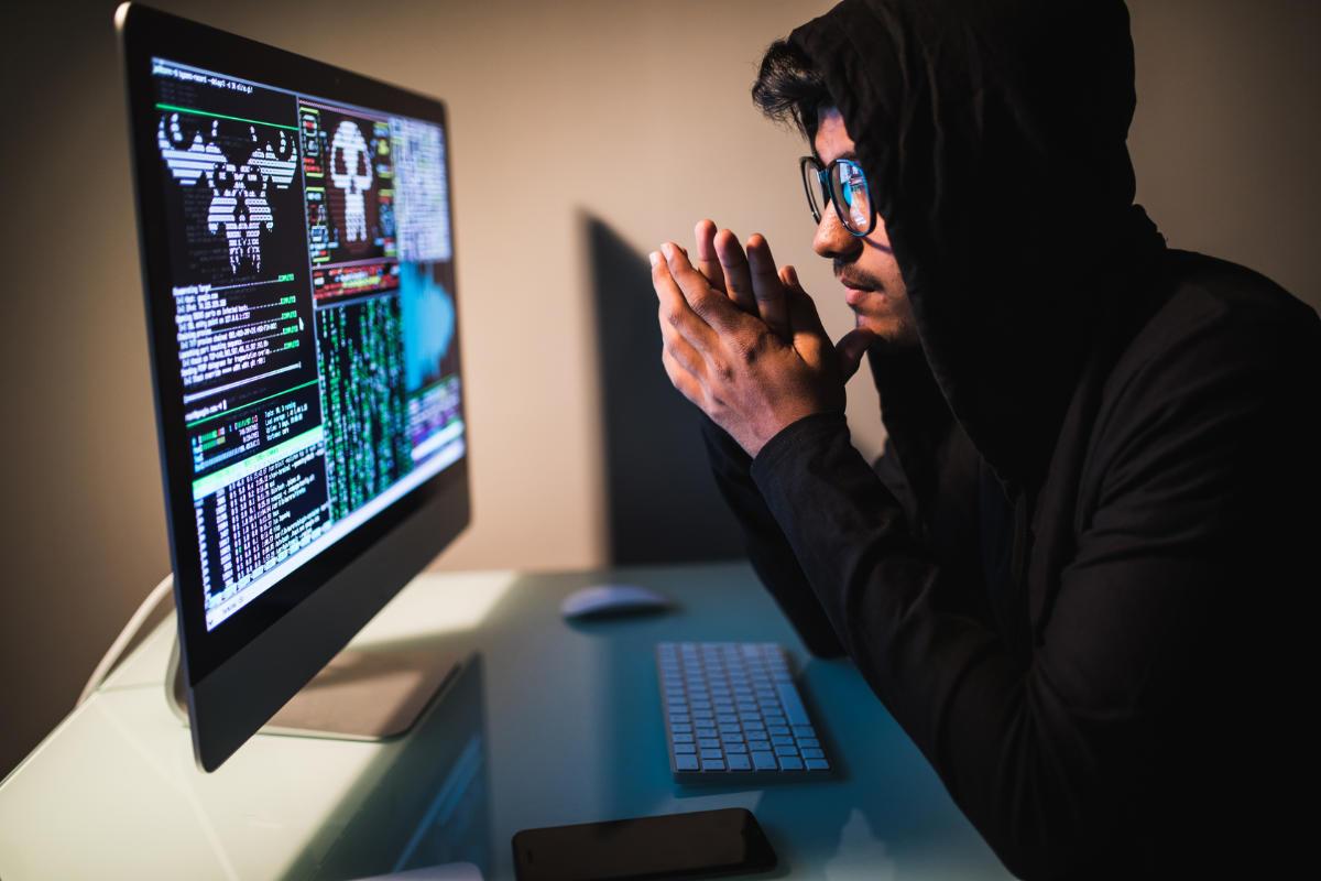 Attacco Magecart Hacker