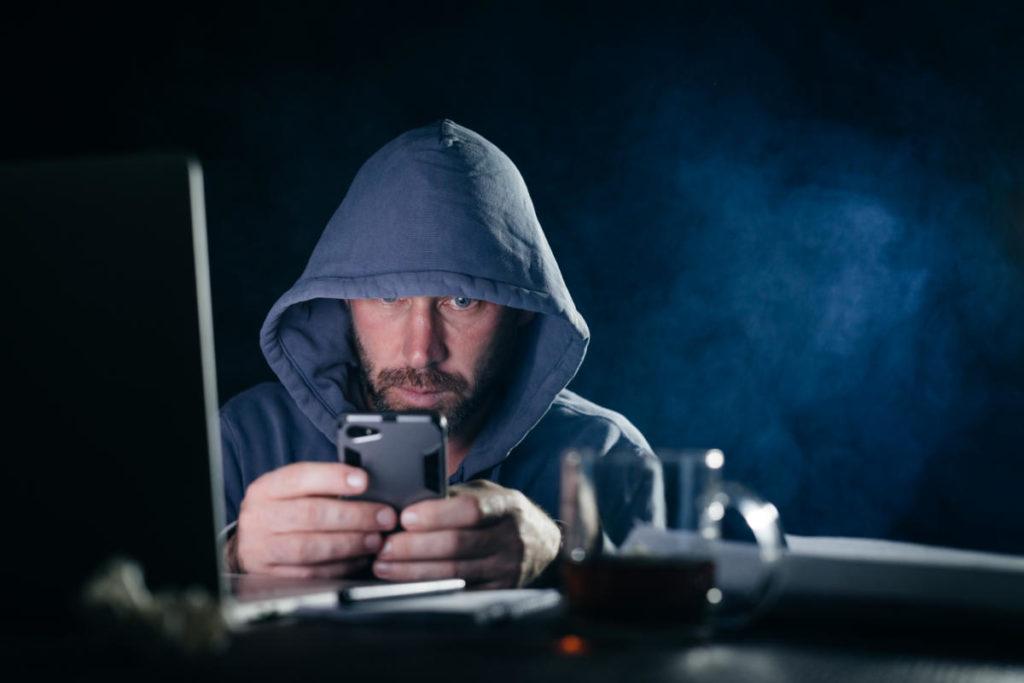 Doxing e furto dei dati